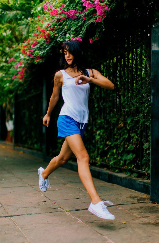 Jogging image